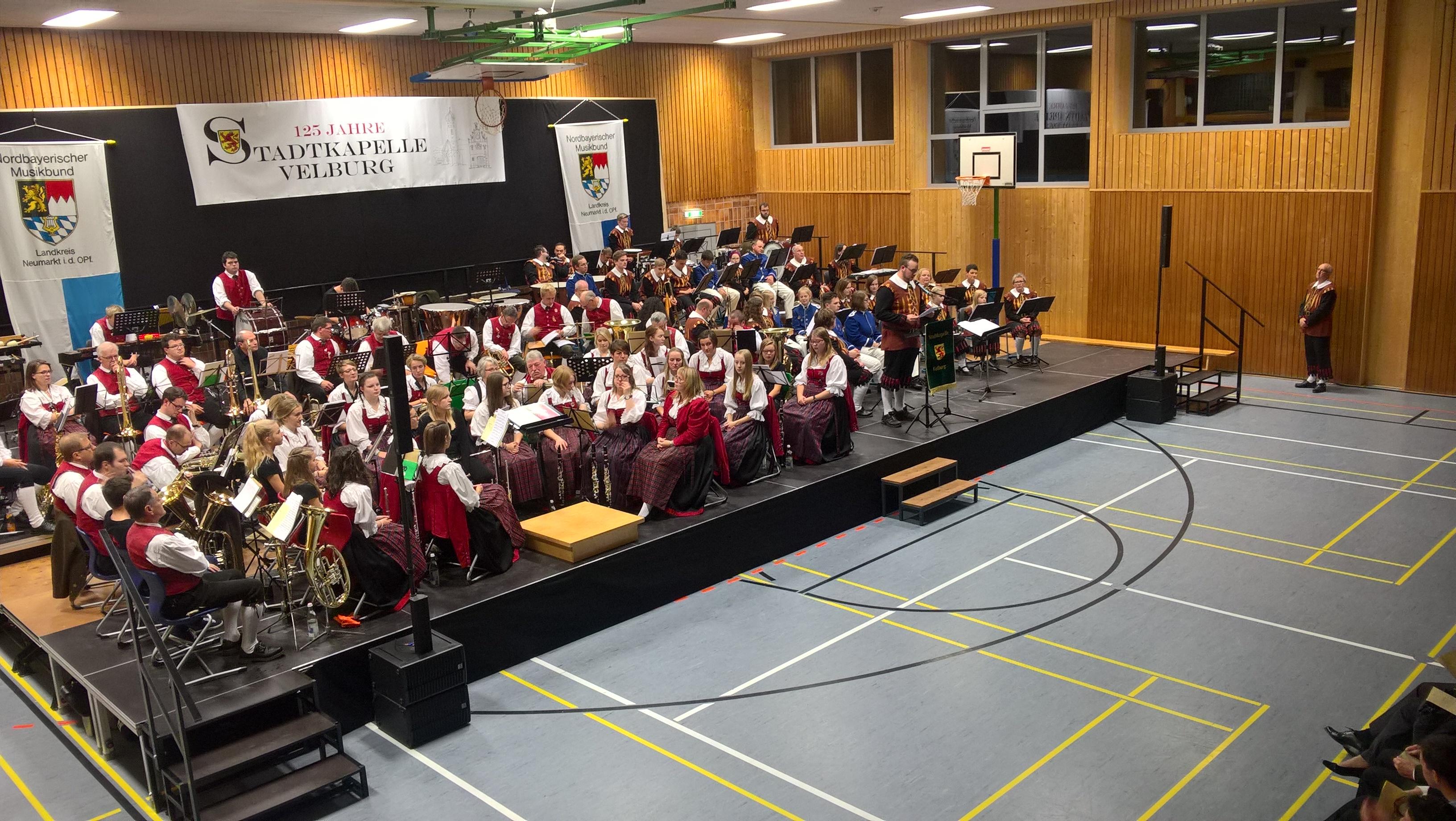 Stadtkapelle Velburg, Spielmannszug Lupburg feat. Spielmannszug Hemau